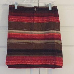 Old Navy Skirts - Mini skirt, w pockets - never worn